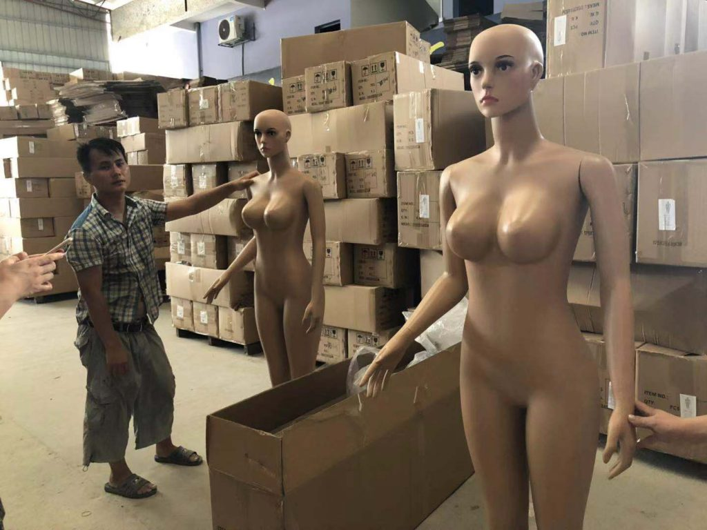 Mannequin wholesale market clothes dummy wholesaler in China how to pack the PLUS size women mannequin large size women mannequin.